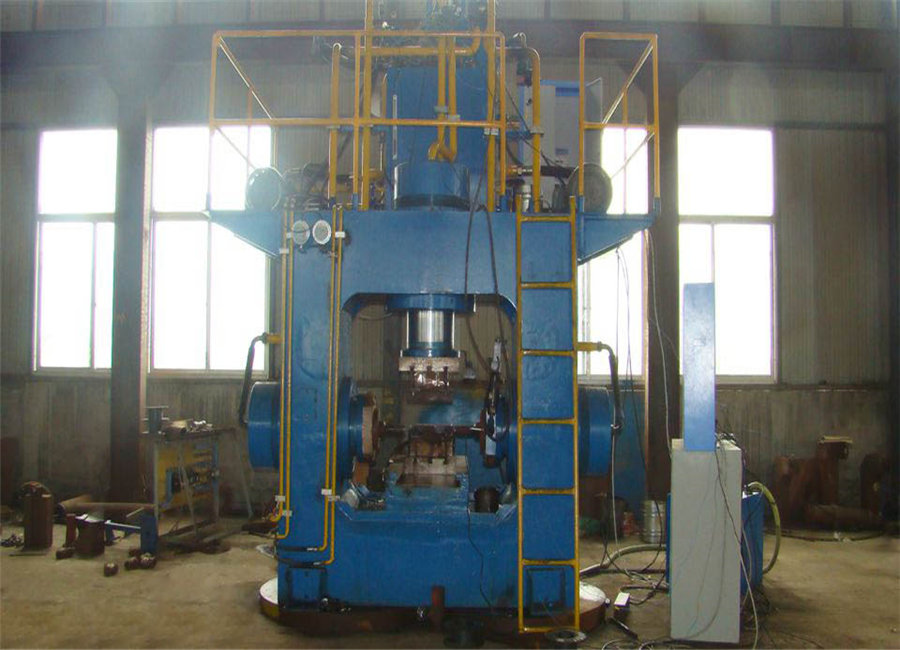Tee Pipe Product  Machine From Chinese Factory Price